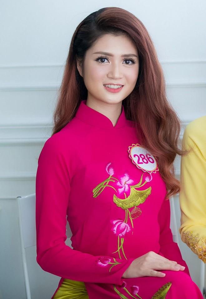 Trước đây, Huyền Trang từng tham gia một số cuộc thi chạy tại trường bởi đây là môn thể thao cô yêu thích nhất.
