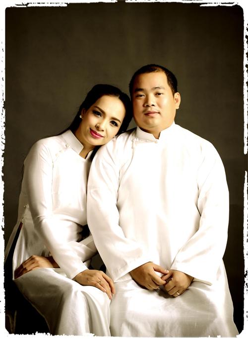 Tổ ấm của Thúy Hạnh - Minh Khang được khán giả mến mộ khi cả hai vợ chồng đều có sự nghiệp riêng vững chắc, hai con gái ngoan ngoãn, học giỏi.
