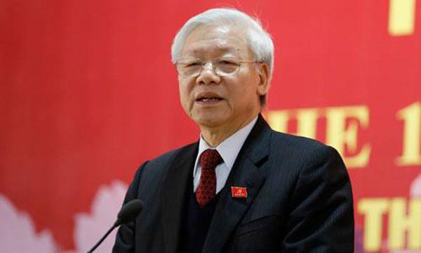 Tổng bí thư Nguyễn Phú Trọng chủ trì cuộc họp báo ngay sau khi kết thúc Đại hội XII. Ảnh: Nhật Minh.