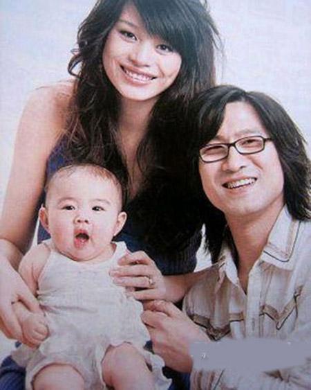 Cát Hội Tiệp sinh con cho Uông Phong khi mới 18 tuổi.
