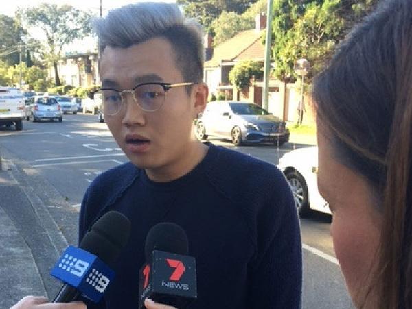 Bạn trai Lee đã đến toàn án bảo lãnh cho bạn gái.