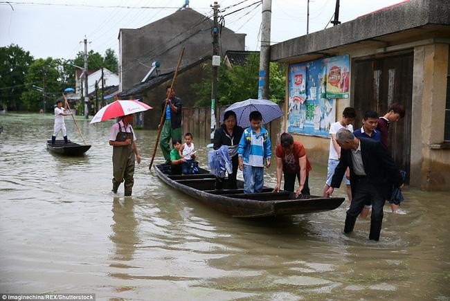 Các tỉnh An Huy, Hồ Bắc, Hồ Nam đặt mức cao nhất về cảnh báo mưa lũ.
