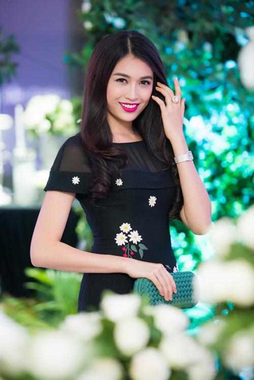 Thời gian này, cô đang có chuyến công tác ở Hà Nội.