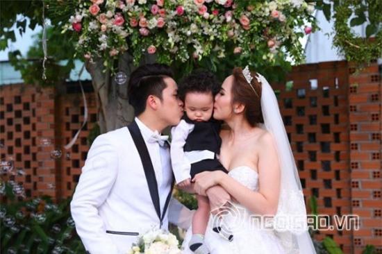 Đám cưới của Hoa hậu Diễm Hương và chồng vắng bóng bố mẹ ruột.