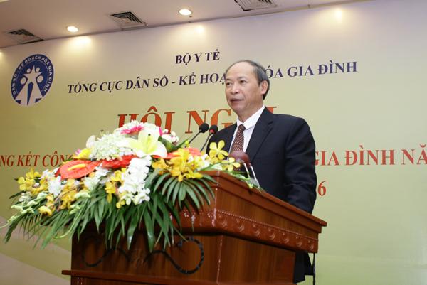 Ông Nguyễn Văn Tân, Phó Tổng cục trưởng phục trách Tổng cục DS-KHHGĐ: Ngành Dân số sẽ đánh giá, phân tích các khuyết điểm cần khắc phục; đoàn kết, sáng tạo hướng vào các nhiệm vụ, giải pháp cho năm 2016, làm đà thắng lợi cho cả giai đoạn 2016 – 2020. Ảnh: Chí Cường