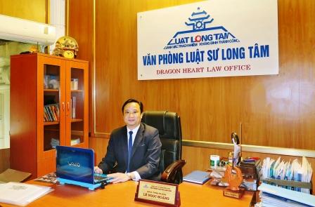 Luật sư Lê Ngọc Hoàng, trưởng văn phòng luật sư Long Tâm