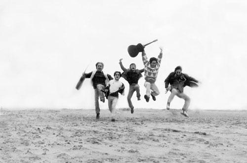 Sức trẻ, niềm tin vào âm nhạc đã đưa Trần Lập và Bức Tường vươn đến đỉnh cao của âm nhạc.
