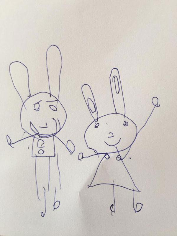 Một tác phẩm bé tự vẽ.