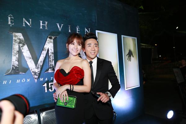Cả hai dính như sam trong lễ ra mắt phim có sự tham gia của họ.
