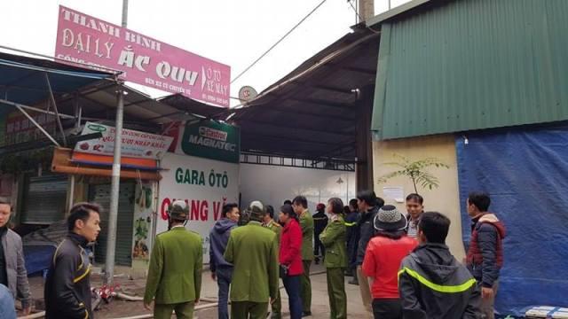 Nhận được tin báo, lực lượng Cảnh sát PCCC nhanh chóng có mặt tại hiện trường.