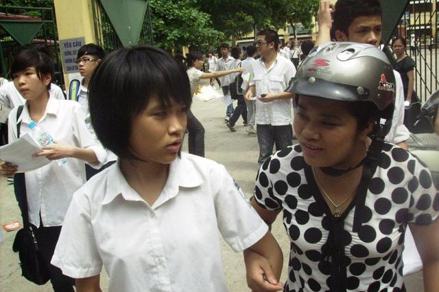 Kỳ tuyển sinh lớp 10 THPT năm 2016-2017 tại Hà Nội sẽ có hơn 81 nghìn thí sinh tham dự. Ảnh: Q.Anh
