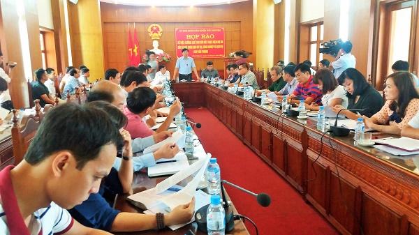 Cuộc họp báo của huyện Thủy Nguyên thu hút rất đông các cơ quan báo chí Trung ương và địa phương tới tham dự. Ảnh: T.G