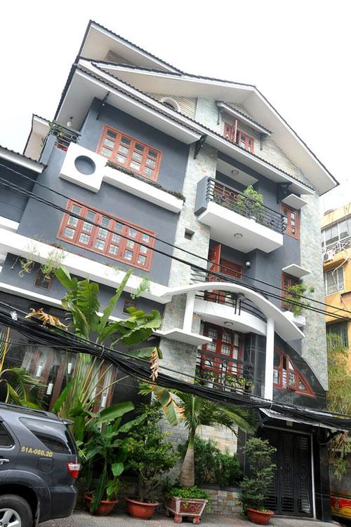 Ngôi nhà được định giá 2 triệu USD của gia đình Lý Hải ở TPHCM.