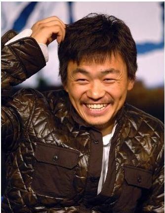 Vương Bảo Cường là một nghệ sĩ giàu có