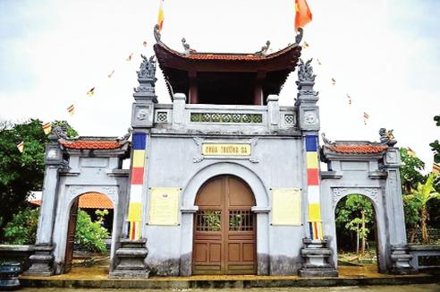 Cổng chùa Trường Sa lớn. Ảnh: T.L