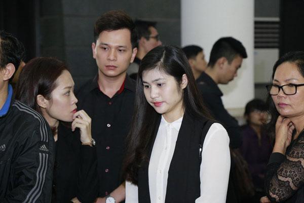 MC Danh Tùng cũng đến chia buồn cùng gia đình nhạc sĩ tài hoa.