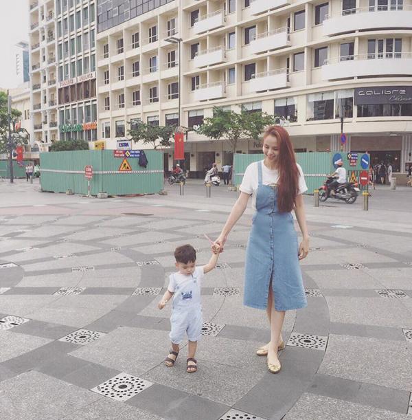 Hiện tại với Diễm Hương, con trai mới là tất cả và cô đang cố gắng quay lại làng giải trí để kiếm tiền nuôi con.