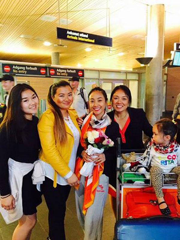 Ngày 27/7, Đoan Trang đã có mặt tại Na Uy trong vòng tay gia đình cô. Cô đã chia sẻ: Sau một ngày dài trèo đèo vượt núi, giờ đây Sol và mẹ đã đến Nauy trong vòng tay ấm áp của cả nhà mẹ Đoan.