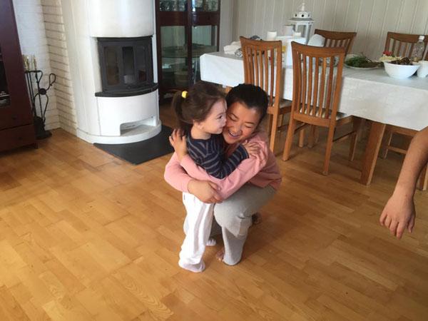 Cô được người nhà của Đoan Trang vô cùng quý mến.