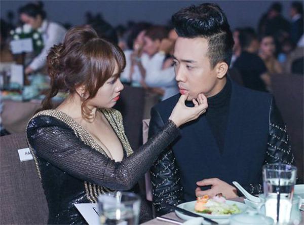Thì ở bên Trấn Thành, người đẹp gốc Hàn lại chọn cho mình những bộ cánh gợi cảm quá đà khiến khán giả nhức mắt.