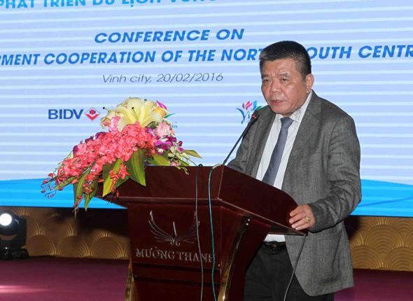 Ông Trần Bắc Hà phát biểu tại hội thảo.