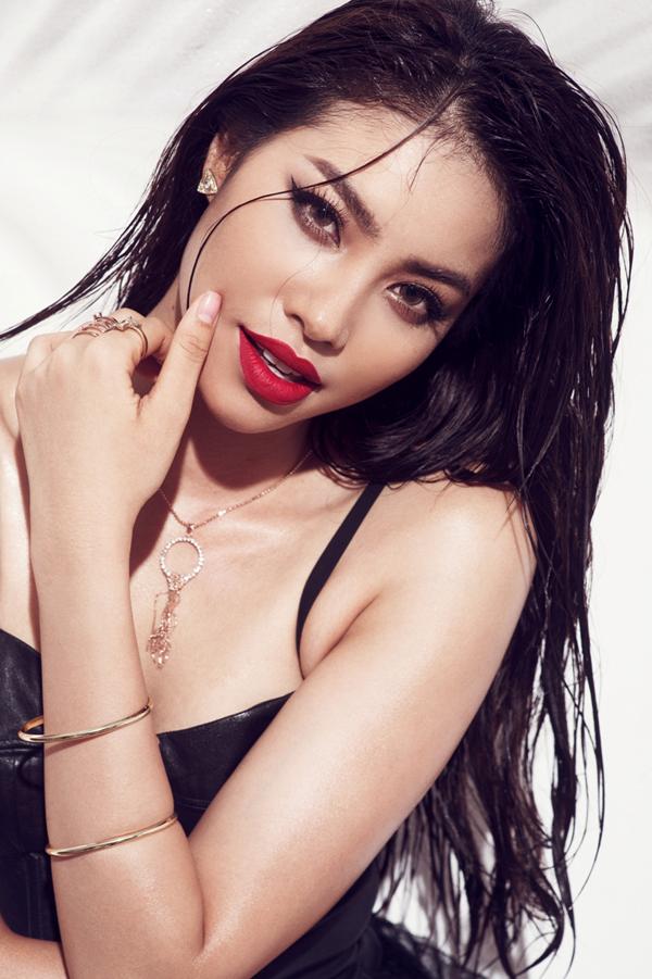 Nhờ thành công từ cuộc thi Hoa hậu Hoàn Vũ Việt Nam, Phạm Hương đã trở thành cái tên nổi bật trong dàn người đẹp thời gian gần đây.