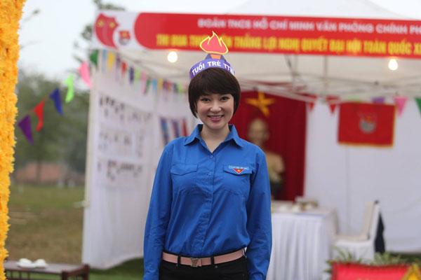 Nguyễn Thị Huyền giờ đây cá tính nhưng vẫn giữ được nét đằm thắm.