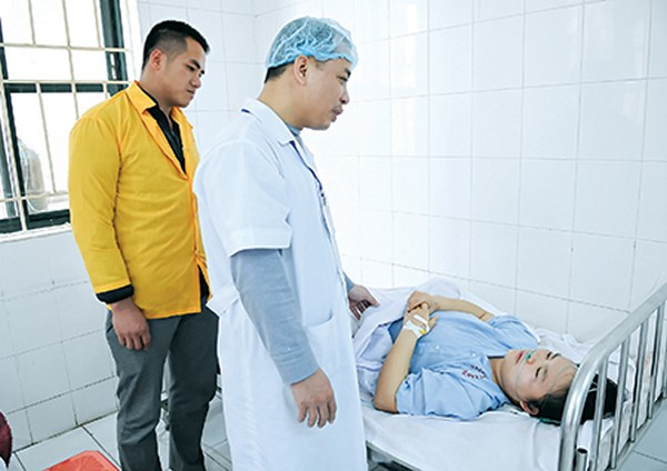 Sản phụ Lương Thị Vân đang được điều trị tích cực tại Bệnh viện Phụ sản Thái Bình