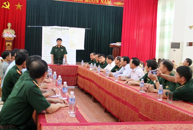 Thượng tướng Võ Văn Tuấn chỉ đạo công tác tìm kiếm