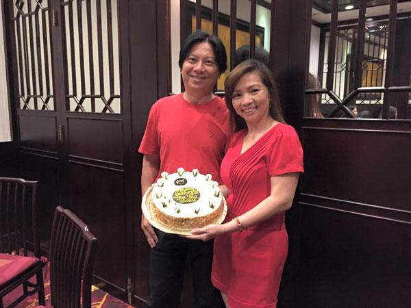 Bố mẹ chồng Khánh Thi là những doanh nhân thành đạt.