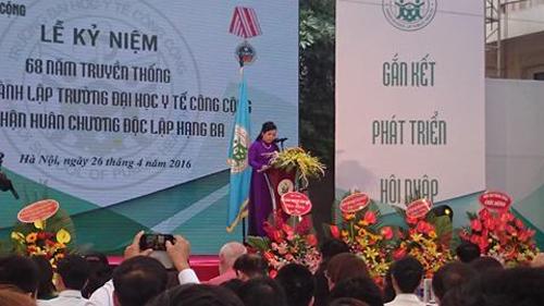 Bộ trưởng Bộ Y tế Nguyễn Thị Kim Tiến phát biểu tại Lễ kỷ niệm.