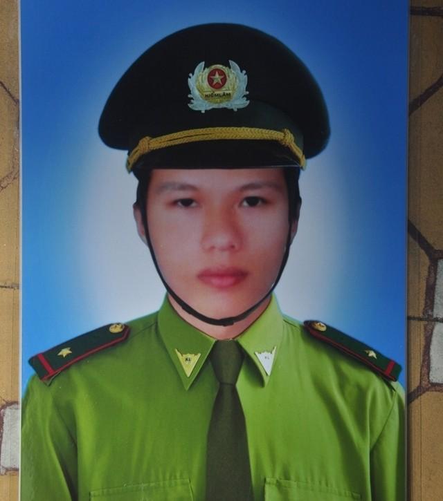 Kiểm lâm viên Trần Văn Quý tử vong trong lúc làm nhiệm vụ tại khu vực Mò O, xã Đại Sơn, huyện Đại Lộc, tỉnh Quảng Nam.
