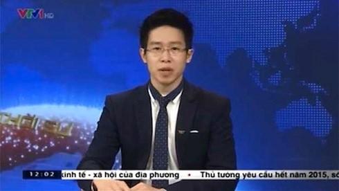 Trong chương trình Thời sự 12 giờ trưa, phát sóng ngày 3/4/2015, BTV Tuấn Anh bị hiểu lầm thắt cà vạt ngoài cổ áo. Nhiều người chỉ trích anh ăn mặc không nghiêm túc trên sóng truyền hình quốc gia. Tuy nhiên, thực tế là một phần cổ áo của MC trùng màu với cà vạt.