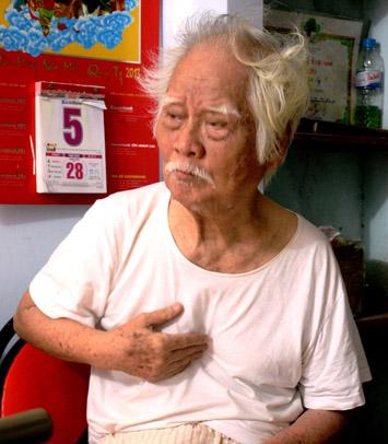 Nhạc sĩ Nguyễn Văn Tý sống trong nỗi cô đơn.