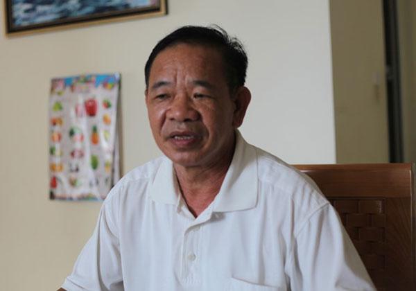 Gia đình Thiếu tá Chu tha thiết muốn biết tình hình của con, em mình. Ảnh: Ngân Giang. (Ảnh Zing)