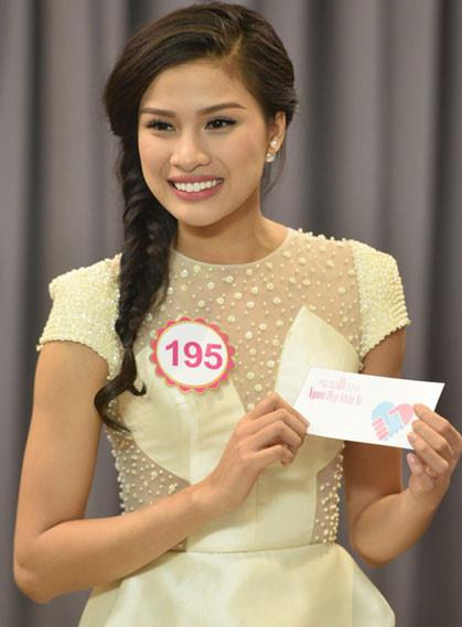 Nhan sắc gây tranh cãi của cô gái Bắc Ninh