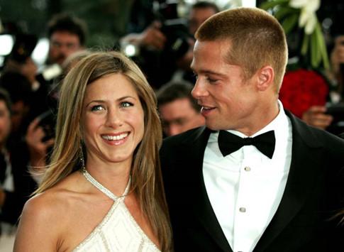 Angelina Jolie là kẻ thứ 3 chen vào cuộc hôn nhân giữa Brad Pitt và Jennifer