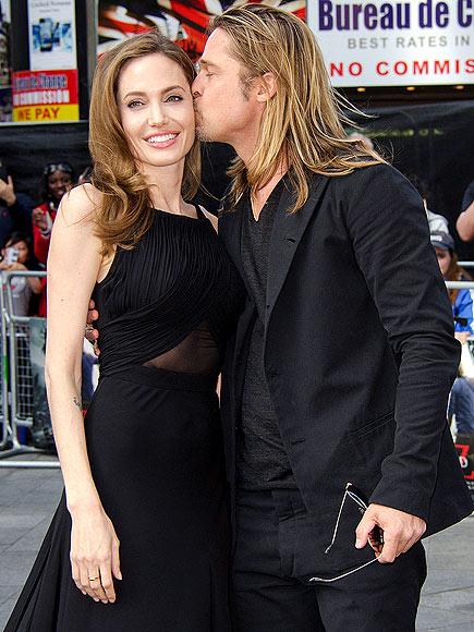 Angelina đã chính thức nộp đơn ly hôn Brad Pitt.