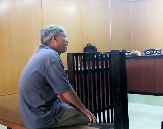 Bị cáo Huy tại phiên xét xử. Ảnh: Phan Chung.