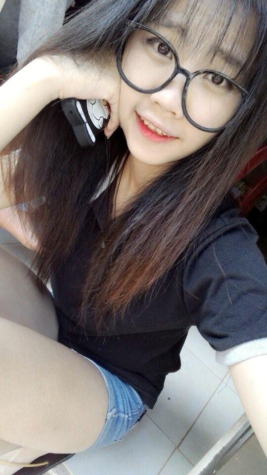 Chân dung hot girl Đà Lạt đâm chết bạn trai.