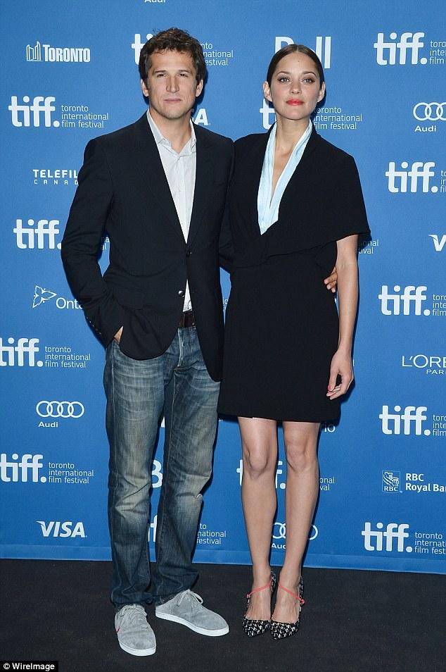 Bạn diễn của Brad Pitt cho biết cô đang mang thai đứa con thứ 2 và cha của đứa bé là nam diễn viên Guillaume Canet