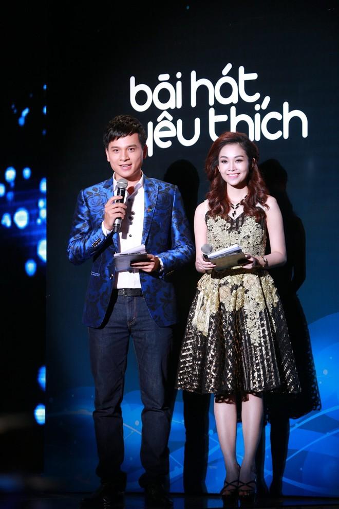 Danh Tùng - Thùy Linh là cặp đôi MC quen thuộc của chương trình Bài hát yêu thích
