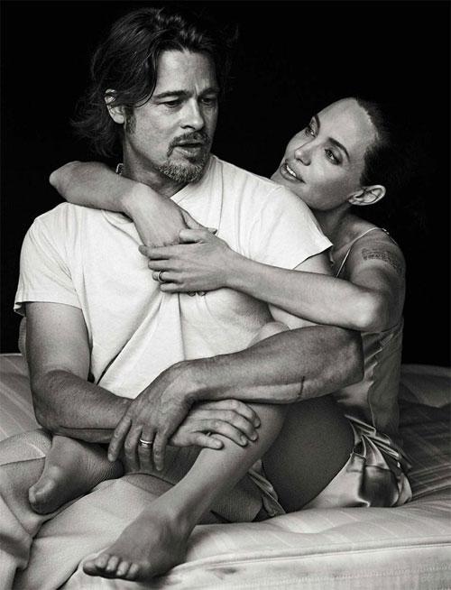 Hai người tình tứ trong loạt hình đăng trên tạp chí Vanity Fair.