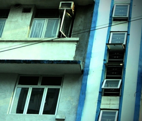 Căn nhà nơi cô bị giam giữ trong suốt thời gian một tháng.