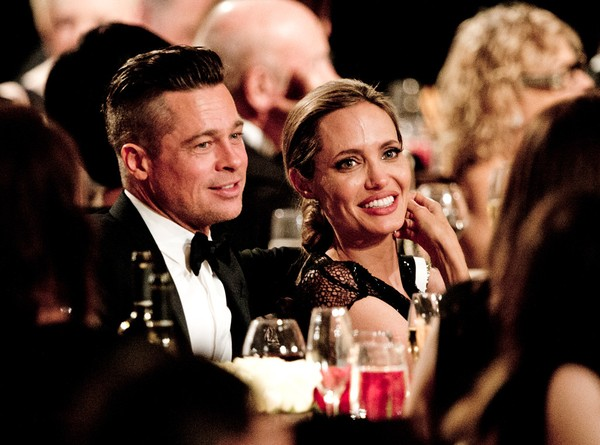 Tháng 6/2013, các trang báo đều đồng loạt đưa tải về bức thư được cho là của Brad Pitt gửi Angelina vào tháng 3/2012 . Bức thư ghi lại suy nghĩ, tình cảm tha thiết của Brad dành cho Angelina. Xuyên suốt cả bức thư người hâm mộ cảm nhận được tình yêu của 2 người dành cho nhau, những khó khăn mà Brad Pitt đã cùng Angelina Jolie vượt qua.