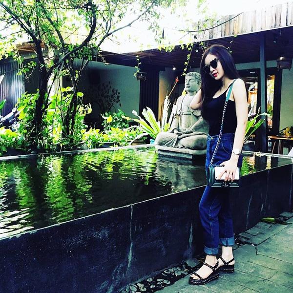 Phương Trang cũng khiến nhiều người trầm trồ ghen tị với những chuyến du lịch, nghỉ dưỡng.