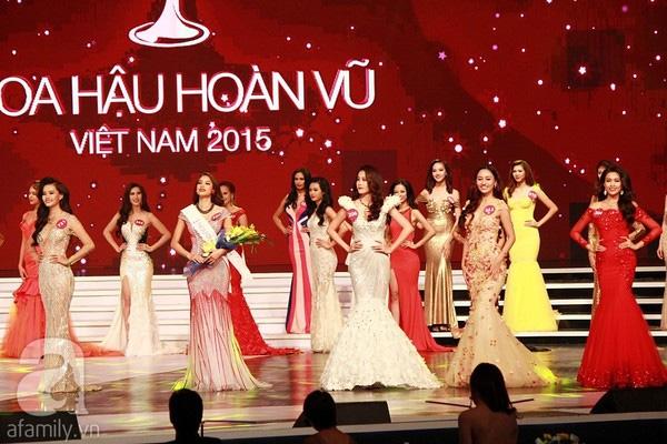 Phạm Hương, Hoa hậu Hoàn vũ 2015 cũng đem vinh quang về cho đất Cảng.