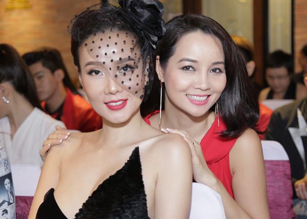 Mai Thu Huyền có mối quan hệ thân thiết với Dương Yến Ngọc.
