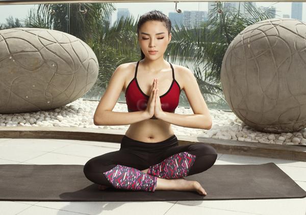Bộ ảnh do chuyên gia trang điểm Quan Nguyen - Pu Le hỗ trợ thực hiện.