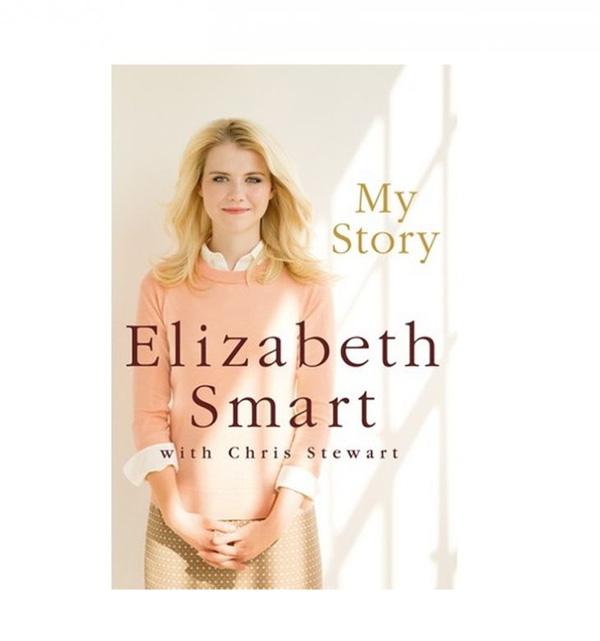 Elizabeth Smart tích cực làm từ thiện và viết sách về những điều đau thương đã qua và cách mà cô đối mặt để tiếp tục sống...